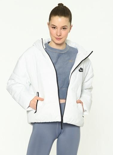 Nike Mont Beyaz